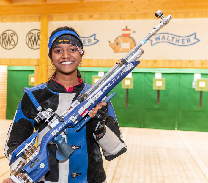 Elavenil betters Apurvi's world record in national selection trials.
